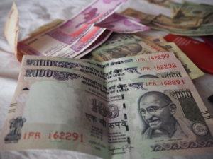 hindi essay on jeevan me azadi ka mahatva