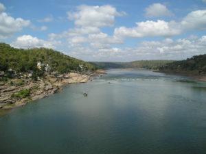 Narmada river essay in hindi