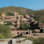 neemrana fort history in hindi