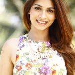 Tanishaa mukerji biography in hindi