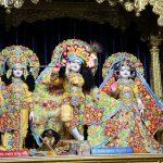 Essay on lord krishna in hindi